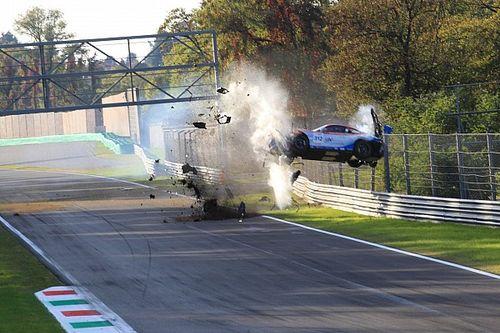 GALERÍA: Secuencia del choque en el GT Italiano en Monza