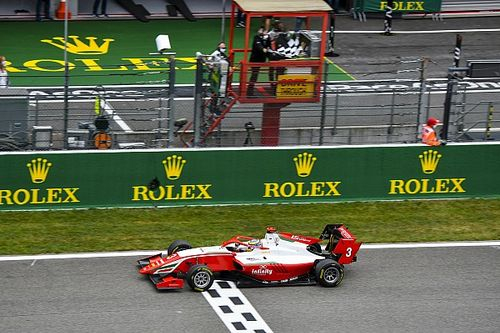 Spa F3: Sargeant wins sprint race to reclaim points lead