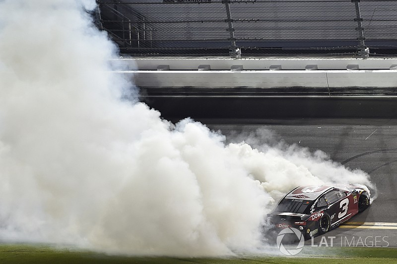 Mailbag: Should NASCAR regulate celebratory burnouts?