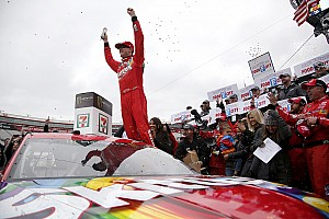 NASCAR Cup Race report Kyle Busch moves Larson to win thrilling Bristol Cup race