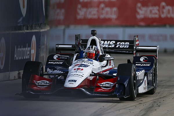 IndyCar Graham Rahal conquista un successo mai messo in discussione a Detroit