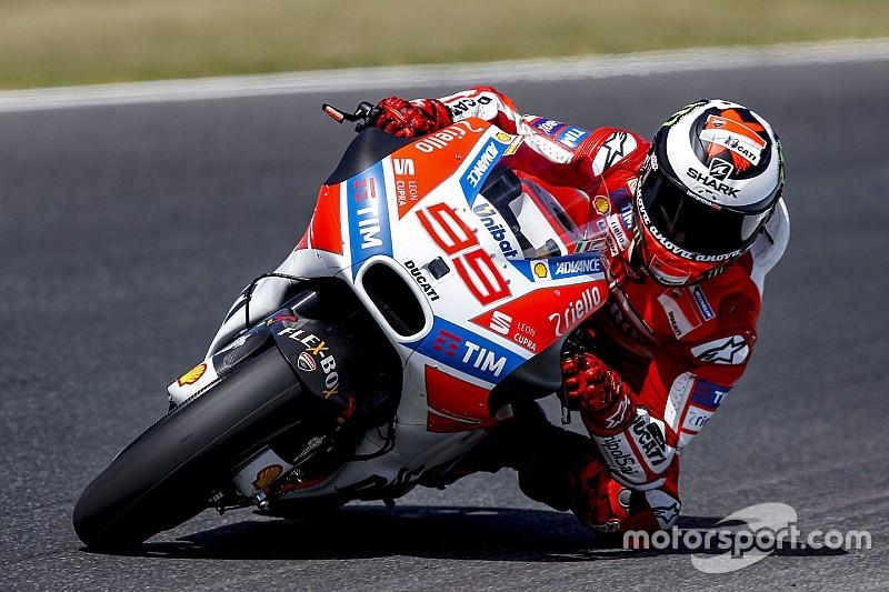 "MotoGP 2017: Jorge Lorenzo shouldn't ""think too much"" on Ducati"