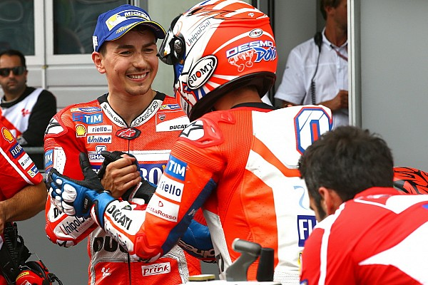 """MotoGP Noticias de última hora Lorenzo: """"No tengo palabras para definir lo que está haciendo Dovizioso"""""""