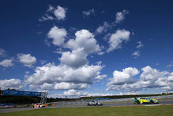 Mike Rockenfeller, Audi Sport Team Phoenix, Audi RS 5 DTM, Gary Paffett, Mercedes-AMG Team HWA, Mercedes-AMG C63 DTM