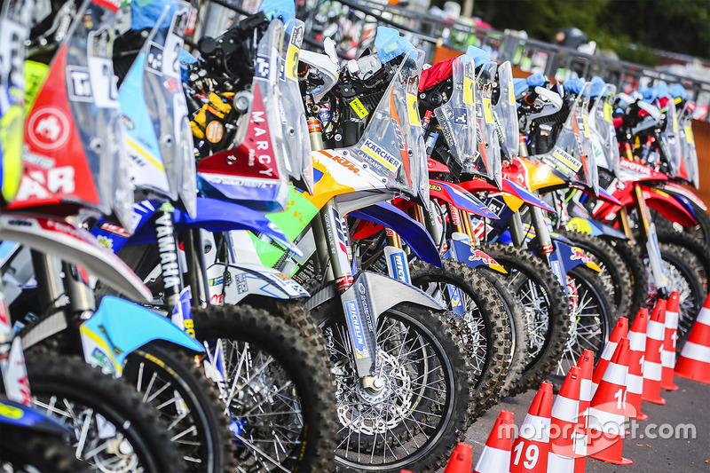 Bikes ready for the Start Podium
