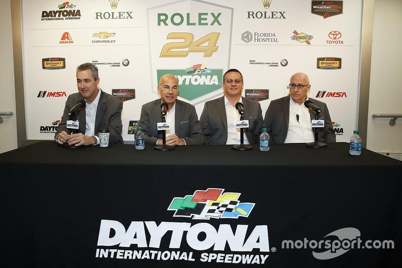 Ed Bennett, Scott Atherton, David Pettit en Simon Hodgson van IMSA