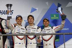 Podium LMP1: third place Timo Bernhard, Earl Bamber, Brendon Hartley, Porsche Team