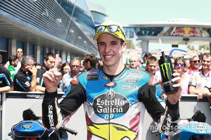 Alex Márquez se estrena en Moto2 gracias a la caída del líder Morbidelli