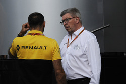 Ross Brawn, Formula One Managing Director of Motorsports and Cyril Abiteboul, Renault Sport F1 Managing Director at the McLaren motorhome