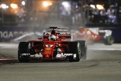 Sebastian Vettel, Ferrari SF70H, nel giro di formazione