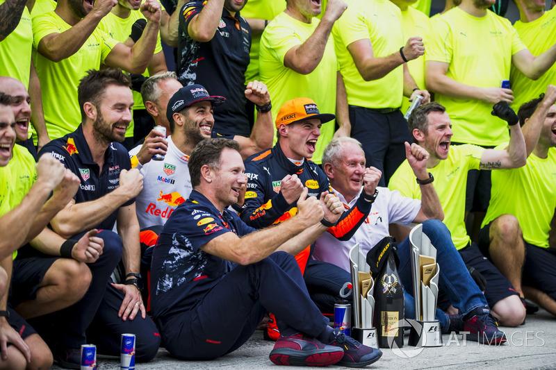 Даніель Ріккардо, Макс Ферстаппен, Red Bull Racing, з командою
