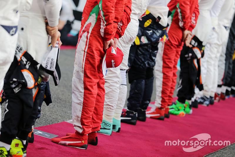 Kimi Raikkonen, Ferrari durante el himno