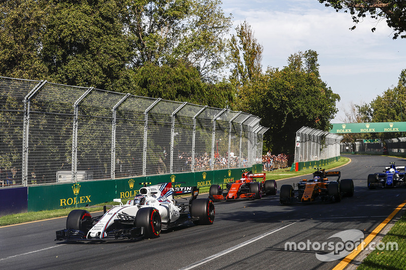 Lance Stroll, Williams, FW40; Jolyon Palmer, Renault Sport F1 Team, RS17; Stoffel Vandoorne, McLaren