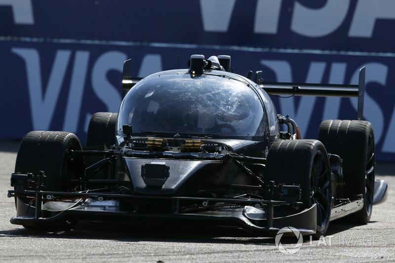 Roborace test car en la pista