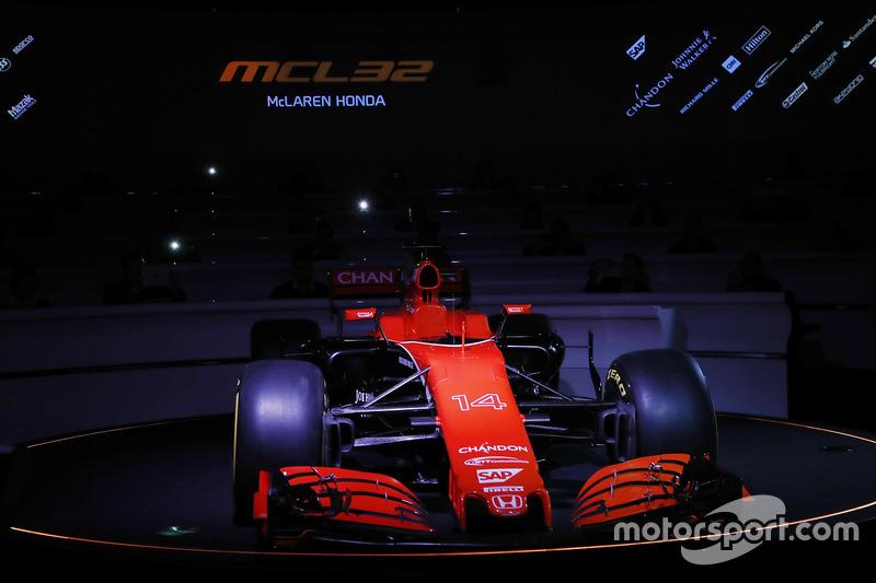 6. McLaren MCL32