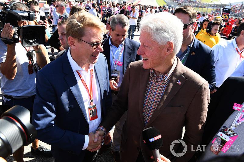 Мика Хаккинен и Билл Клинтон