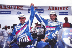 Ganadores Stéphane Peterhansel, Yamaha, segundo lugar Thierry Magnaldi, Yamaha