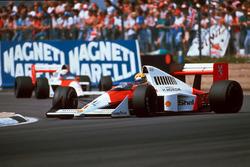 Ayrton Senna, McLaren MP4/5; Alain Prost, McLaren MP4/5