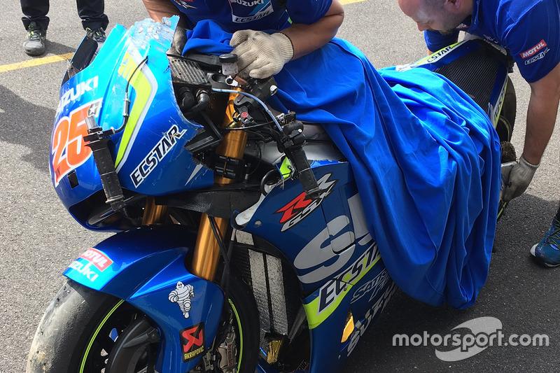 Мотоцикл Маверіка Віньялеса, Team Suzuki MotoGP, після аварії