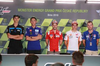 Luca Marini, Sky Racing Team VR46, il poleman Andrea Dovizioso, Ducati Team, il secondo qualificato Valentino Rossi, Yamaha Factory Racing, il terzo qualificato Marc Marquez, Repsol Honda Team