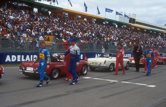 Fahrerparade: Johnny Herbert, Benetton; Damon Hill, William; Jean Alesi, Ferrari; Eddie Irvine, Jordan; Michael Schumacher, Benetton