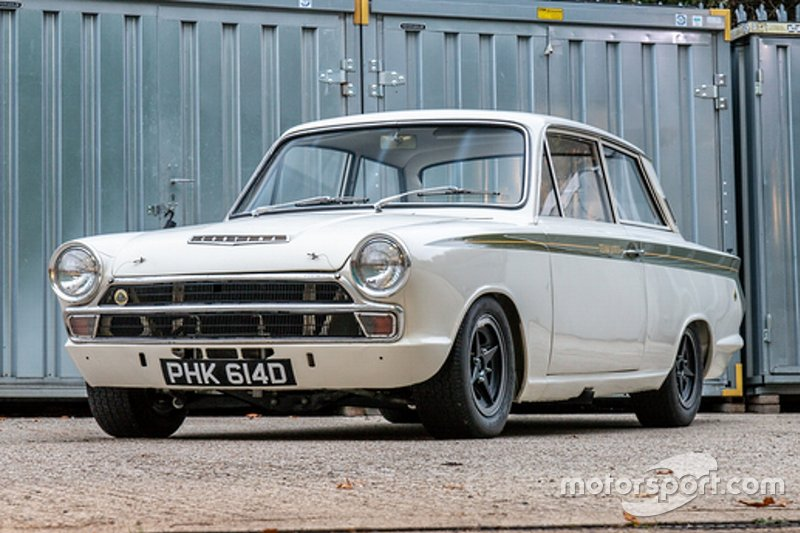 Asta Lotus Cortina