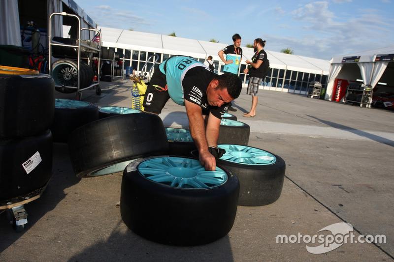 Mechaniker: Leopard Racing