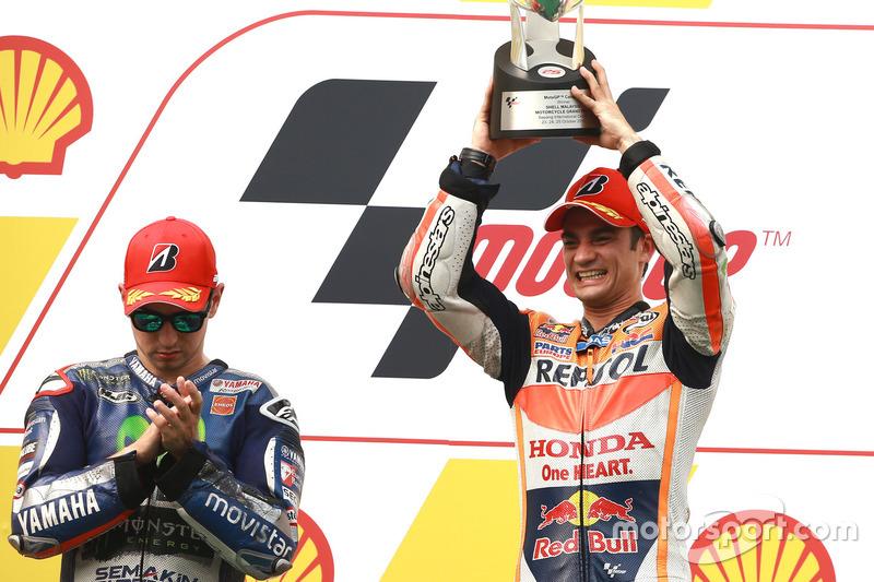 2015: GP Іспанії, принаймні одна перемога в 16-му поспіль сезону