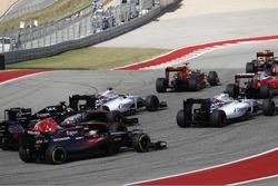 Felipe Massa, Williams FW38, Valtteri Bottas, Williams FW38; Nico Hulkenberg, Force India VJM09; Carlos Sainz Jr., Toro Rosso STR11, Fernando Alonso, McLaren MP4-31