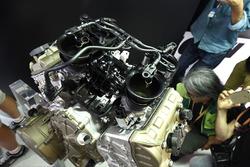 Lanzamiento de motor Ducati V4 road