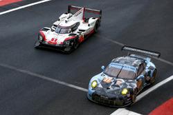 #77 Dempsey Proton Competition Porsche 911 RSR: Christian Ried, Matteo Cairoli, Marvin Dienst, #1 Porsche Team Porsche 919 Hybrid: Neel Jani, Andre Lotterer, Nick Tandy