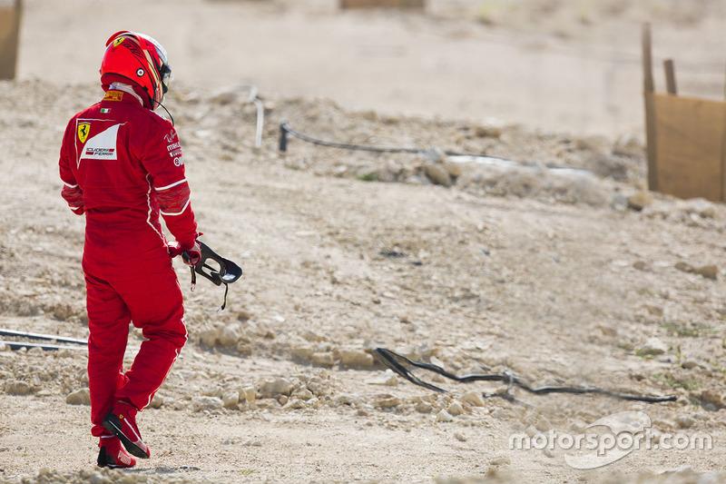 Кімі Райкконен, Ferrari, повертається до боксів