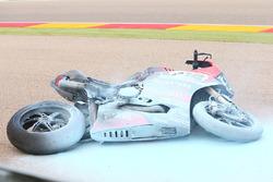 La moto incendiée de Xavi Forés, Barni Racing Team