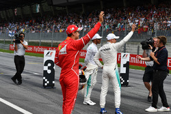 Sebastian Vettel, Ferrari, Lewis Hamilton, Mercedes AMG F1 et Valtteri Bottas, Mercedes AMG F1, avec Davide Valsecchi, Sky Italia