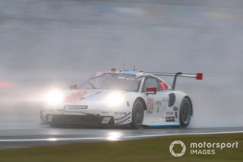 #911 Porsche GT Team Porsche 911 RSR, GTLM: Патрік Пілет, Нік Тенді, Фредерік Маковєцкі
