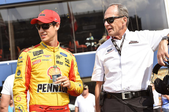 Walt Czarnecki Team Penske and Joey Logano, Team Penske, Ford Fusion Shell Pennzoil