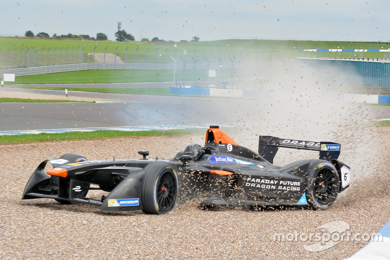 Loic Duval, Dragon Racing in trouble