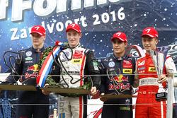 Подиум: Победитель гонки Джоэль Эрикссон, Motopark Dallara F316 – Volkswagen; второе место Нико Кари, Motopark Dallara F316 – Volkswagen; Сержиу Сетте Камара, Motopark Dallara F314 – Volkswagen; награда за лучший круг для Гуанью Жоу, Motopark Dallara F316