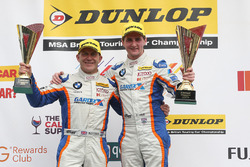 Podium: race winner Sam Tordoff, Team JCT1600 With Gardx, third place Robert Collard, Team JCT1600 With Gardx