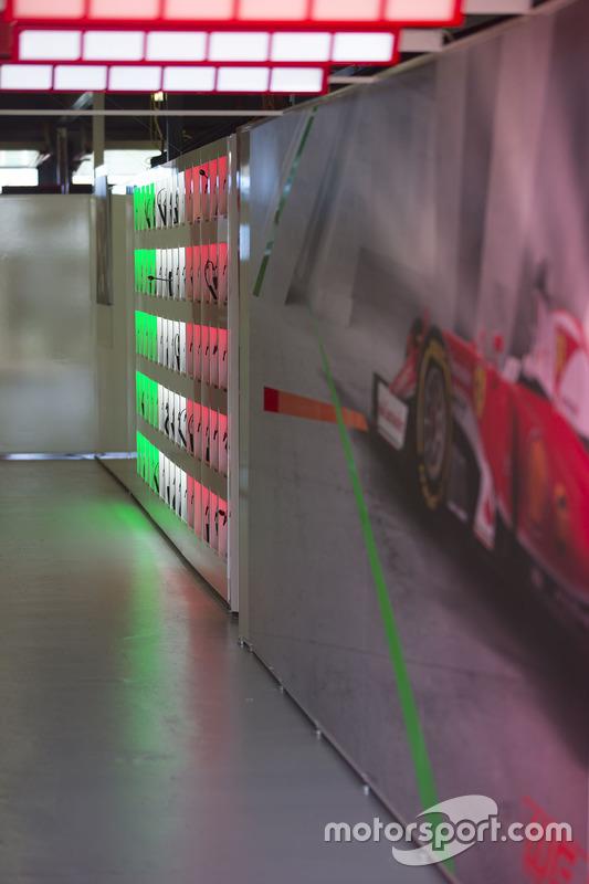 Ferrari pitbox