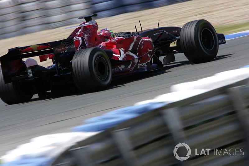 10.Vitantonio Liuzzi, 80 GPs (2005-2007, 2009-2011). Seu melhor resultado é o 6° (Coreia do Sul 2010).