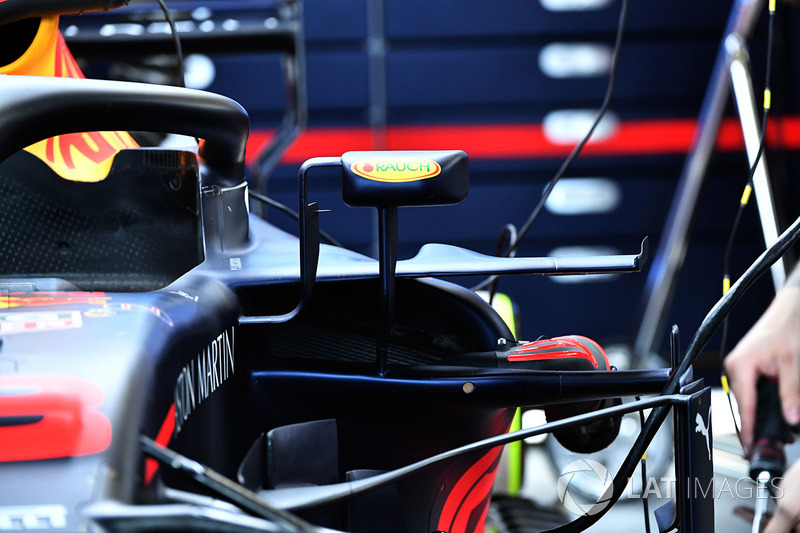 Red Bull Racing RB14 sidepod detail