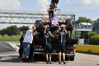 The car of Nikita Mazepin, Force India VJM11 is recovered