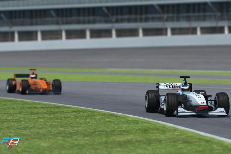 Coches clásicos McLaren F1, MP4-13c