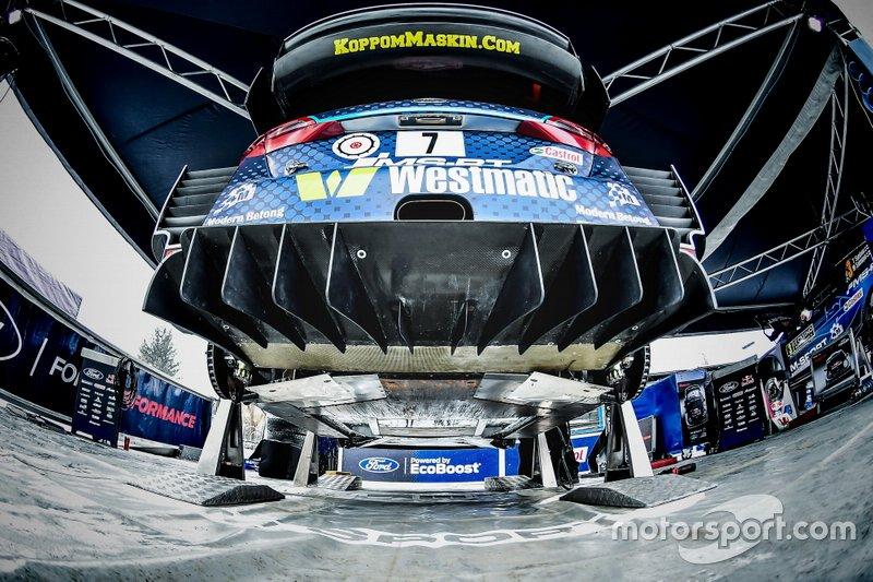 Ford Fiesta WRC Понтуса Тидеманда и Улы Флёне