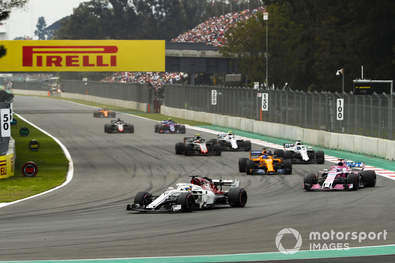 Marcus Ericsson, Sauber C37, Sergio Perez, Racing Point Force India VJM11, Fernando Alonso, McLaren MCL33, Lance Stroll, Williams FW41, Kevin Magnussen, Haas F1 Team VF-18, y Sergey Sirotkin, Williams FW41