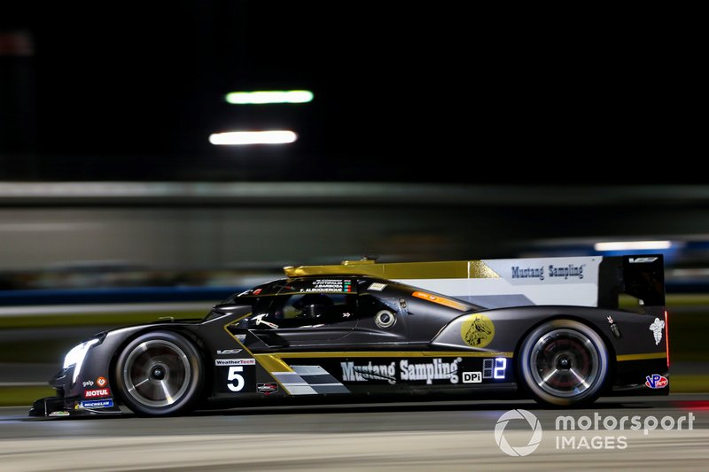 #5 Joao Barbosa, Filipe Albuquerque, Christian Fittipaldi y Mike Conway; Mustang Sampling Racing, Cadillac DPi (DPi)