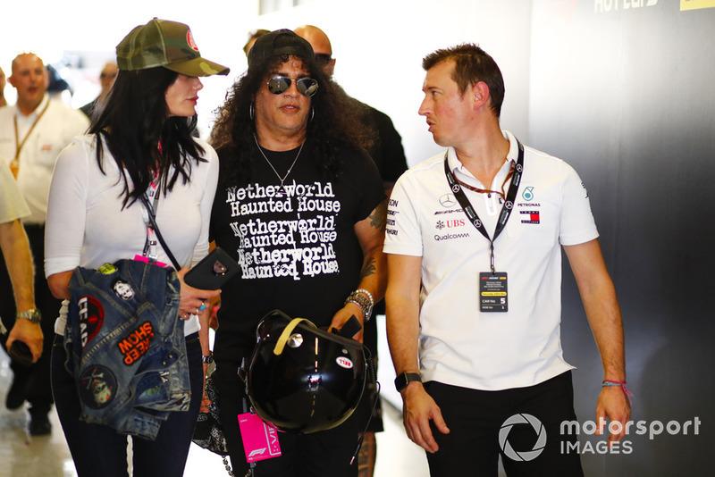 Гран При Абу-Даби: гитарист Guns'n'Roses Слэш