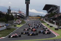 Charles Leclerc, ART Grand Prix, Jake Hughes, DAMS at the start