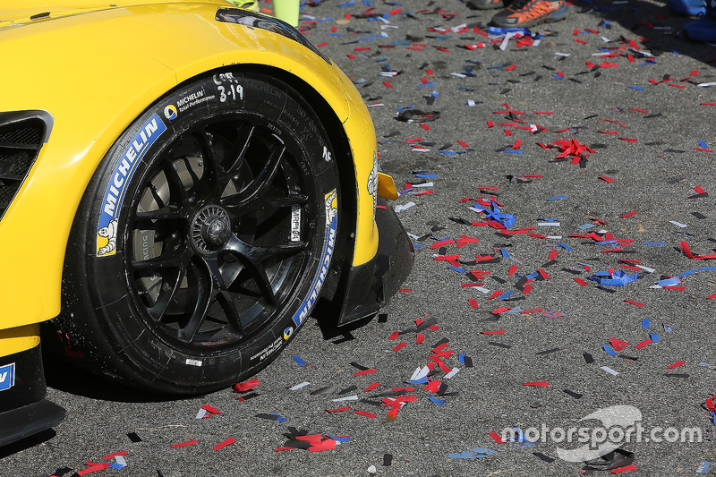 Yarış galibi #3 Corvette Racing Chevrolet Corvette C7.R: Antonio Garcia, Jan Magnussen